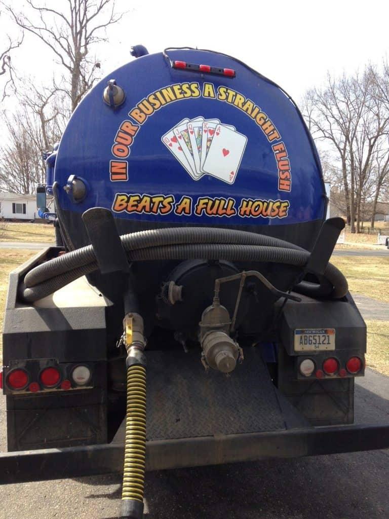 septic tank pumping truck